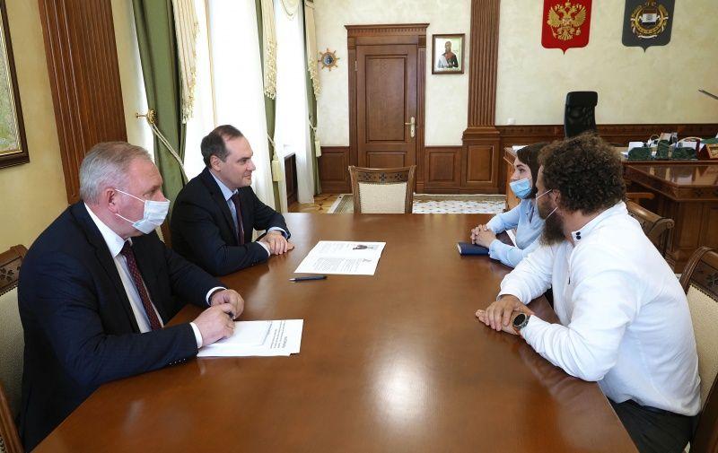 Артём Здунов обсудил вопросы поддержки фермерских хозяйств