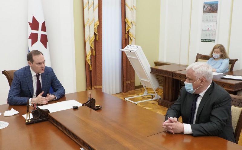 Артём Здунов провел встречу с ректором Санкт-Петербургского государственного института культуры Александром Тургаевым